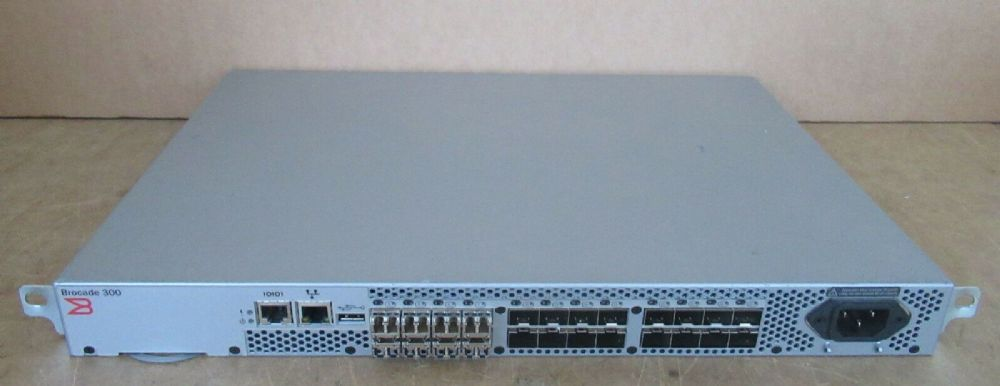 Brocade 300 NA-320-0008 24-Port 8Gb FC SAN Switch 8-Port Active + Licenses/ SFPs